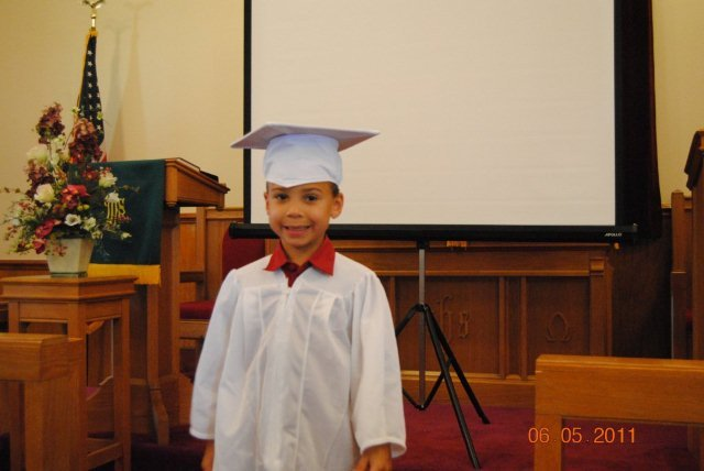 HopeW_Grads_2011_12